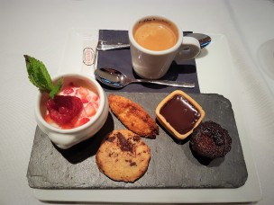 Cafe Gourmand 2017-04-29 20.43.36
